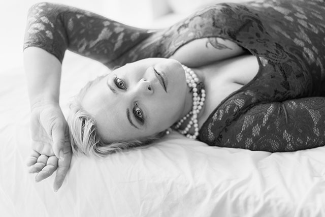How to Create a Portfolio That Sells at London Boudoir Photography