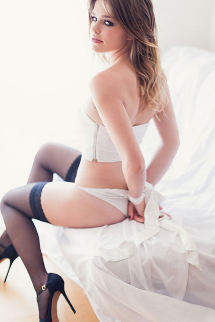 How to choose the perfect bridal lingerie for your wedding at fabyandcarlo.com